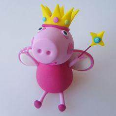 [ Cake Model/ Topper ] – Princess Peppa Pig and Family Cake Models/ Toppers. Tortas Peppa Pig, Peppa Pig Birthday Cake, Peppa Pig Family, Cake Models, Family Cake, Cake Templates, Un Cake, Pig Party, Festa Party