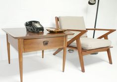 Mid Century Modern End Table $179 - Waterford  #vintage #furniture #MCM http://furnishly.com/catalog/product/view/id/3048/s/mid-century-modern-end-table/