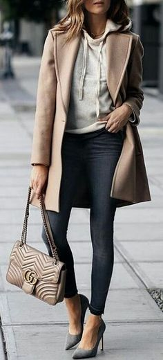 #spring #outfits woman in beige cardigan. Pic by @fashion__fridays