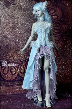 Ice and Snow Queen by nalisinko | Light blue stripe yarn-dyed fabric, Light violet Japanese gauze, Woven lace, Silver ornaments, Imitation crystal, Acrylic crystal. All of the Design, made and embroidery was made by youya. The Shoes were designed and made by Nalisinko Workshop. The model is Soom 2008 MD Onyx shadow.