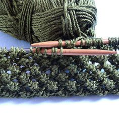 Ravelry: Budding Infinity Scarf pattern by Linda Thach