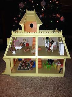 Vintage Mattel The Littles Dollhouse Complete With Furniture And Dolls