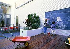 Kid friendly courtyard,blackboard idea for childrens area !!