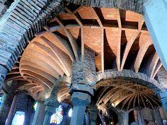 Chapel in the Colonia Guell in Santa Coloma de Cervello (Catalonia, Spain). Art Nouveau Architecture, Contemporary Architecture, Antoni Gaudi, Art Deco, Santa, Modern, Buildings, Spain, Interiors