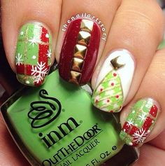 christmas by thenailartstory Love Nails, How To Do Nails, Fun Nails, Finger Nail Art, Toe Nail Art, Nail Nail, Xmas Nails, Christmas Nails, Christmas Time