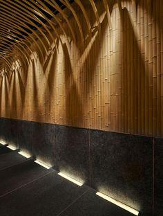 Imafuku Architects Creates A Bamboo Canopy Inside Japanese Restaurant In Beijing - Ceiling Decorations Japanese Restaurant Interior, Japanese Interior, Restaurant Interior Design, Residence Senior, Japanese Bar, Japanese Buffet, Japanese Whisky, Bamboo Ceiling, Bg Design
