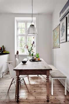 10 Narrow Dining Tables For a Small Dining Room. kleines 10 Narrow Dining Tables For a Small Dining Room Modern Dining, Room Design, Apartment Dining, Apartment Dining Room, Dining Room Small, Modern Dining Table, Dining Room Design, Narrow Dining Tables, Dining Room Decor