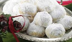 Kourabiedes: This traditional Greek Christmas cookie is also served at weddings and baptisms. Greek Sweets, Greek Desserts, Greek Recipes, Greek Christmas, Christmas Sweets, Christmas Time, Greek Cookies, Christmas Cookies, Marzipan