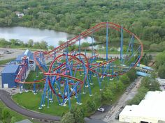 Superman: Ultimate Flight - Six Flags Great America Katelynn's very first roller coaster! Fastest Roller Coaster, Roller Coaster Ride, Best Amusement Parks, Amusement Park Rides, Six Flags Great Adventure, Greatest Adventure, Scary Roller Coasters, Riders On The Storm, Great America
