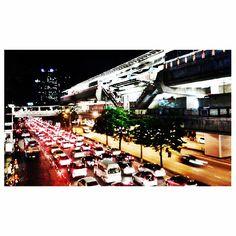 Monday evening in Bangkok...taken at BTS Mo Chit Station