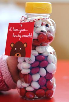 Free Printable - Beary Much Valentine's Day Tags