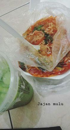 Food N, Food And Drink, Food Snapchat, Indonesian Food, Food Cravings, Fresh Rolls, Food Photo, Food Pictures, Nom Nom