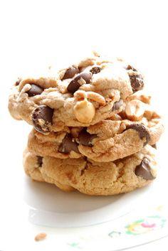 chunky peanut chocolate cinnamon cookie