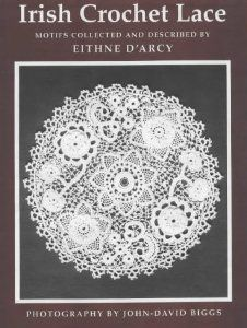 Irish Crochet Lace: Motifs from County Monaghan: Eithne D'Arcy: 9780851055145: Amazon.com: Books