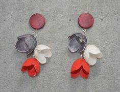 One of a kind handmade silk cocoon earrings with wood stud.Red black and white flowers in a sophisticated combination suitable in every look Black And White Flowers, Red Black, Flower Jewelry, Handmade Flowers, Jewelry Making, Silk, Wood, Floral, Earrings