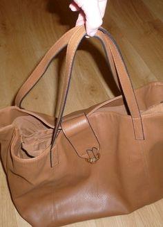 Kupuj mé předměty na #vinted http://www.vinted.cz/damske-tasky-a-batohy/kabelky/13952339-hneda-kabelka-na-magnet