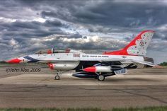 Thunderbird #8 - HDR by lijk604, via Flickr