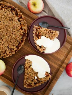 Äppelpaj med brynt smör och flingsalt | Brinken bakar Grandma Cookies, Cookie Box, Fika, Tart, Bakery, Deserts, Food And Drink, Sweets, Lunch