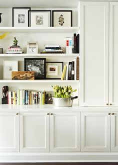 RoomReveal - Built-in bookshelf - Upper West Side Waterfront Apartment Living Area by Chango & Co.