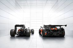 mclaren p1 and Mclaren F1 race car