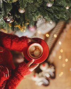 Christmas Post, Christmas Coffee, Cozy Christmas, Christmas Morning, Little Christmas, Christmas Pictures, Rustic Christmas, Christmas Flatlay, Winter Magic