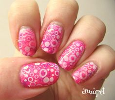 The Crumpet: Stamping Sunday Meets Recycled Nails - Circles!