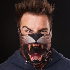 The Lion Ski Mask was designed and engineered by Beardo keeping in mind the needs of skiers and snowboarders.