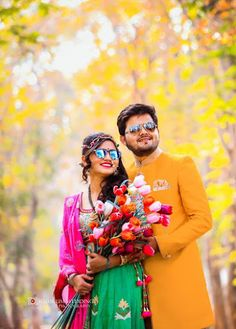 "Kumkum Photo Studio ""Portfolio"" Love Story Shot - Bride and Groom in a Nice Outfits. Best Locations WeddingNet #weddingnet #indianwedding #lovestory #photoshoot #inspiration #couple #love #destination #location #lovely #places"