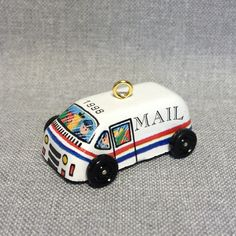 "Hallmark Miniature Keepsake Ornament ""On the Road"" tin mail truck 6th and final in the series (1998)"