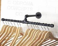 Diy clothes rack 20 Inch Split Industrial Clothing Rack - Display How far should you bury your roc i Open Wardrobe, Diy Wardrobe, Galvanized Steel Pipe, Store Counter, Cash Counter, Do It Yourself Organization, Hanger Rack, Store Displays, Clothes Hanger
