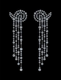 Bubbles earrings by Alexander Arne