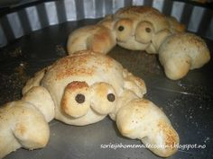 Bread shape crabs