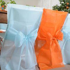 Stuhlhussen in diversen Farben. Verleihen Ihrer Hochzeitslocation einen luxuriösen Flair.