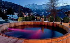 No 14 is the largest and most unique chalet in Verbier; a former hotel, it has exceptional facilities such as a spa and indoor pool, but has been completely redesigned to keep the personal feel of a chalet. Whirlpool Jacuzzi, Hotel In Den Bergen, Luxury Ski Holidays, Winter Holidays, Jacuzzi Outdoor, Outdoor Spa, Outdoor Decor, Best Skis, Ski Chalet