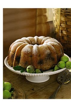 Baking with Apples: Your guide to choosing the right apple for your baked goods.
