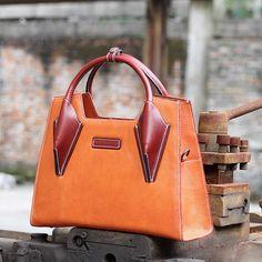 Handmade modern fashion leather tote bag messenger shoulder bag handbag for women in brown AK02