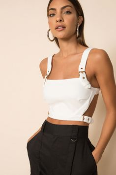 Crop Top Outfits, Dressy Outfits, Outfits For Teens, Stylish Outfits, Summer Outfits, White Crop Top Outfit, White Crop Tops, Diy Crop Top, Work Outfits