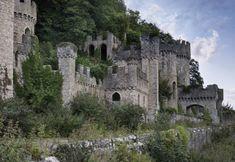 Industrie, cisterne e fornaci. La bellezza dei luoghi abbandonati - Repubblica.it