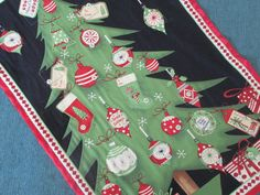 Christmas Advent Calendar Christmas Tree Wallhanging by bellazahn