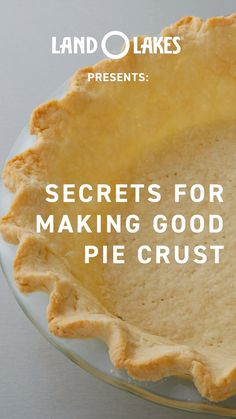Level up your Thanksgiving pie (and impress your mom) with this delicious homemade crust. Best Pie Crust Recipe, Apple Pie Crust, Easy Pie Crust, Homemade Pie Crusts, Pie Crust Recipes, Apple Pie Recipes, Pastry Recipes, Tart Recipes, Single Pie Crust Recipe With Butter