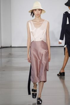Jil Sander Spring 2016 Ready-to-Wear Fashion Show