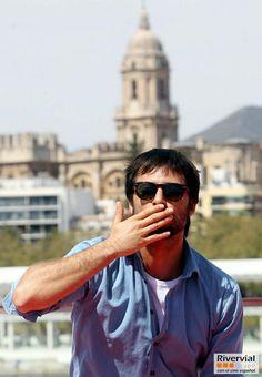 En #fotos, uno de los esperados del #festivalmalaga, Hugo Silva http://www.diariosur.es/multimedia/fotos/festival/20140325/hugo-silva-esperados-fans-3074002860542-mm.html… pic.twitter.com/6KVcZc4Lzs