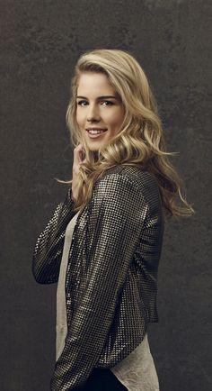 Arrow - New Promo Pics - Emily Bett Rickards (Felicity Smoak)