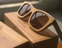 woodgeekstore. wooden sunglasses. Product spotlight- The Journeyman Brown bamboo Sunglasses. The temperature seems to be in an unforgiving mood this year. But that shouldn't be an excuse to not look stylish. The Journeyman brown bamboo sunglasses are super light and cool and are perfect for this summer to make a style statement.