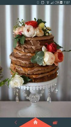 Regnier cakes - naked romantic cake