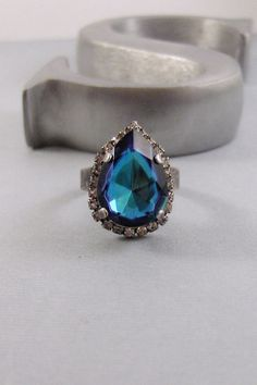 Vintage SapphireRingCocktail RingSapphire by ValleyGirlDesigns