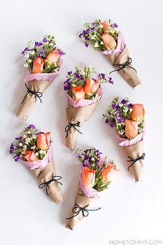 mini flower bouquets