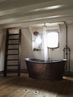 Bold-Rustic-Bathroom-with-Copper-Bathtub