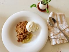sonnie and share: Emma's apple crumble
