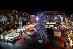 Obiettivo Pesaro: magico Natale, fiocchi di neve in piazza http://vivere.biz/adeO